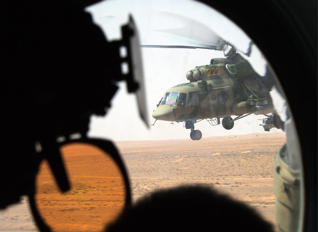 Helikopter Rusia Jatuh di Wilayah Kelompok Oposisi 'Moderat' dan Teroris