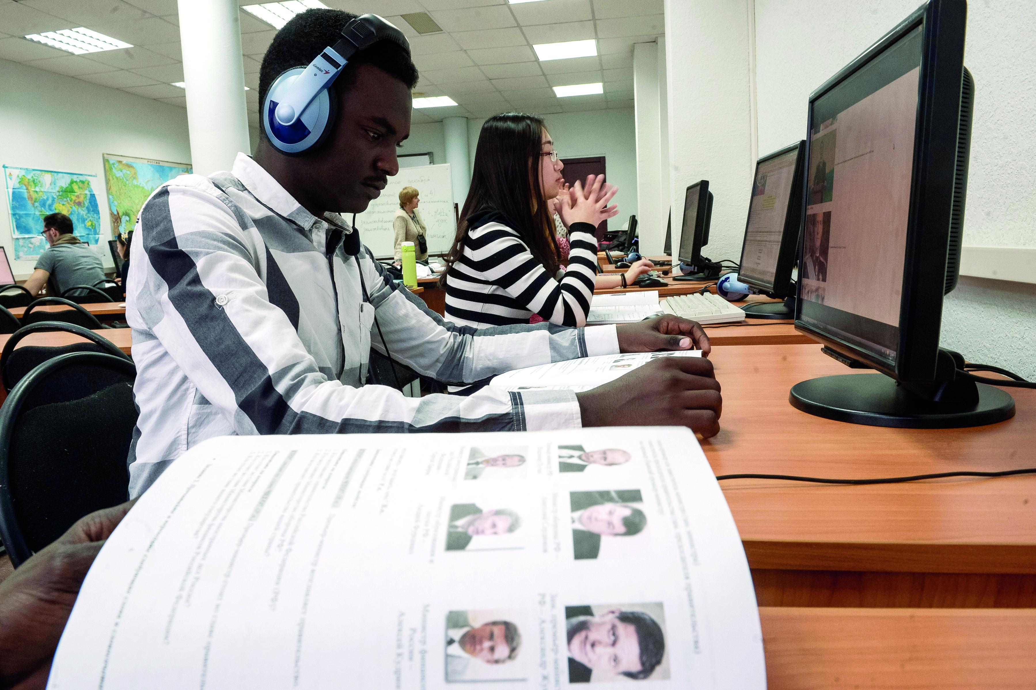 Brics lança incubadora para empregadores internacionais width=