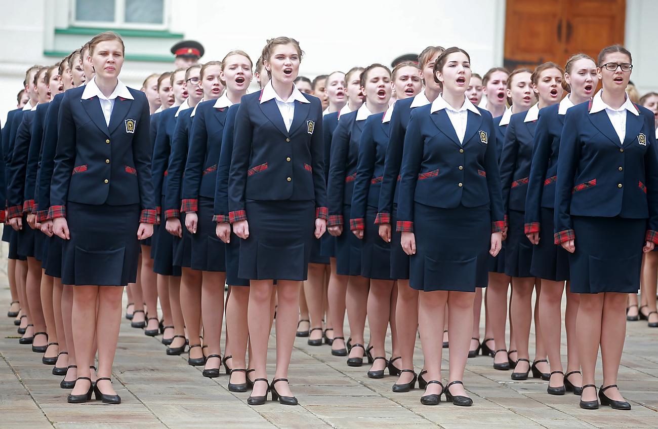 Sekolah Asrama Kemenhan Rusia, Sekolah Putri Pahlawan Rusia