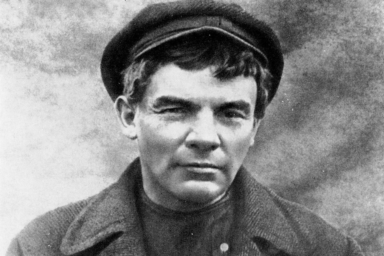 Bagaimana Lenin Berhasil Memimpin Revolusi Rusia?