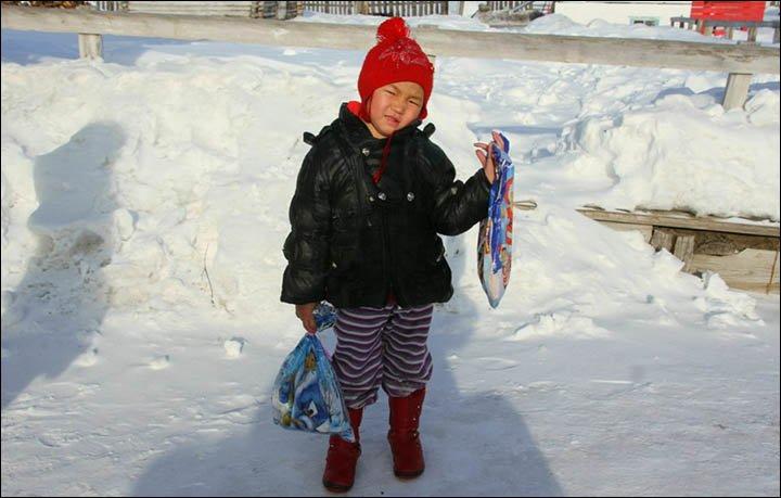 Demi Selamatkan Sang Nenek, Seorang Gadis Kecil Nekat Lintasi Hutan Siberia