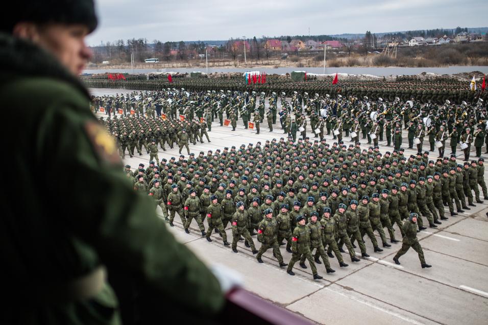 Kenapa Tiap Tahun Rusia Menggelar Parade Militer?