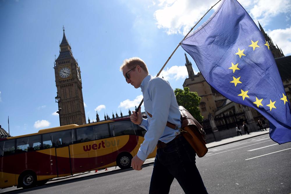 Survei, Warga Eropa Menentang Pemberian Sanksi Terhadap Rusia