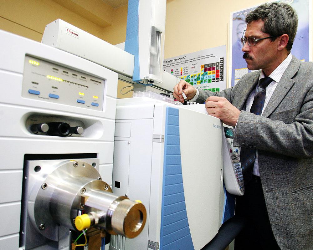 Ex-diretor de laboratório antidoping pode ser processado por calúnia width=