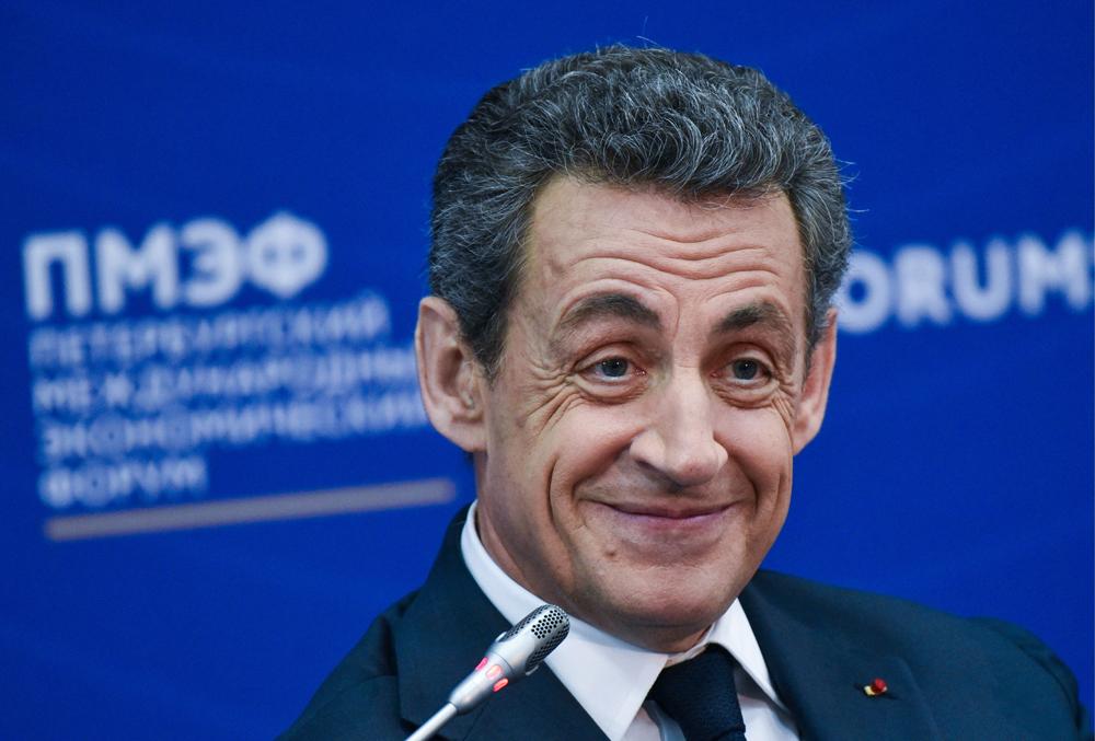 Mantan Presiden Prancis Tak Dukung Pengintegrasian Ukraina ke dalam NATO