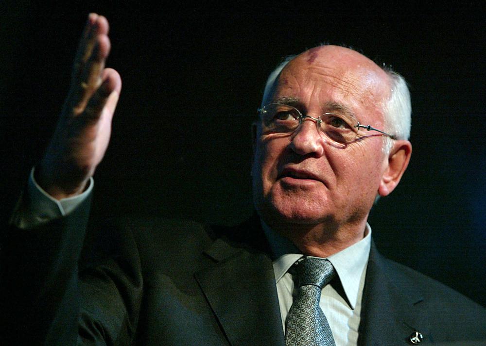 Gorbachev, Pahlawan Negara atau Simbol Runtuhnya Soviet?