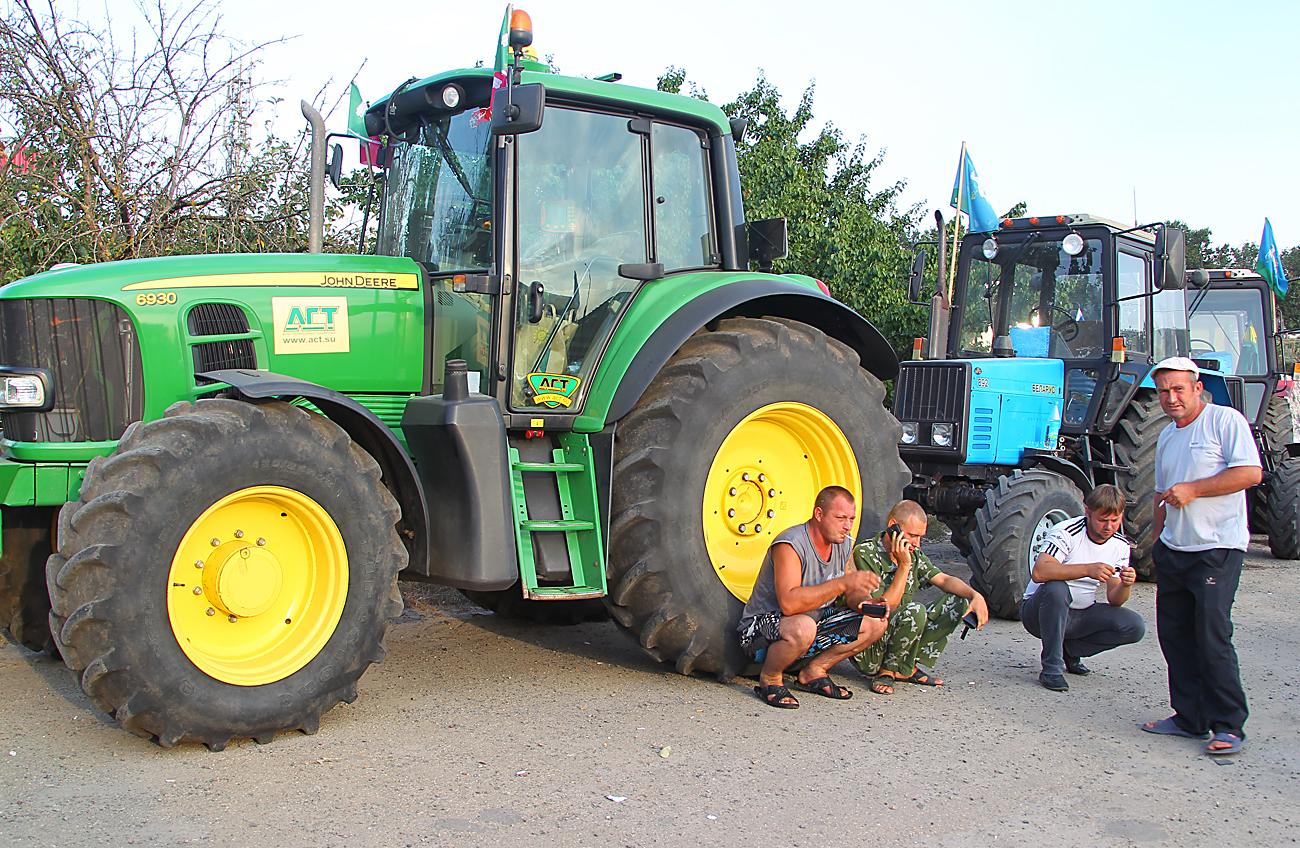 Pequenos agricultores querem unir-se ao governo width=