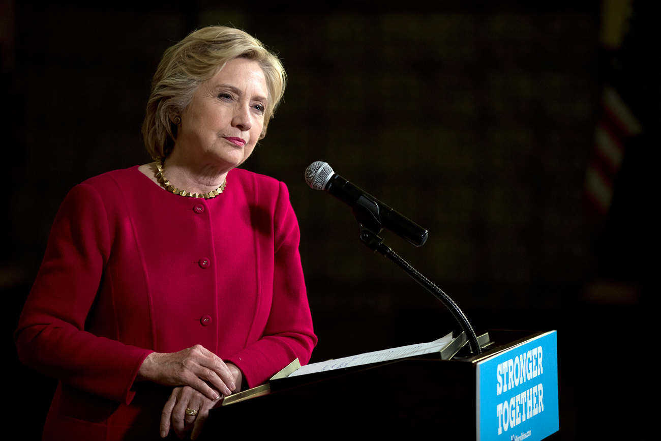 Clinton Tuduh 'Agresi Rusia' Ciptakan Penderitaan Masyarakat Suriah