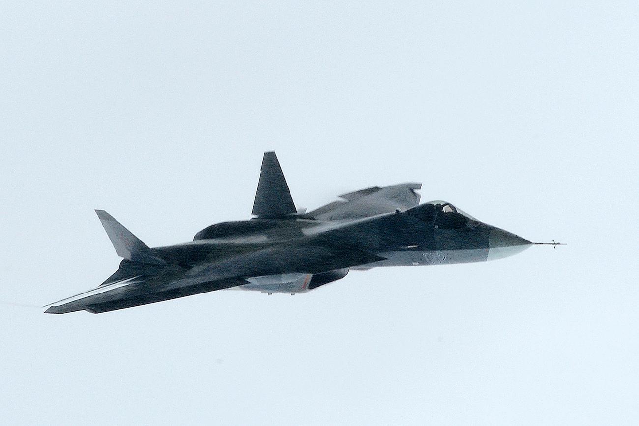 Pasukan Kedirgantaraan Rusia Akan Terima Lima Unit T-50 Pertama pada 2017