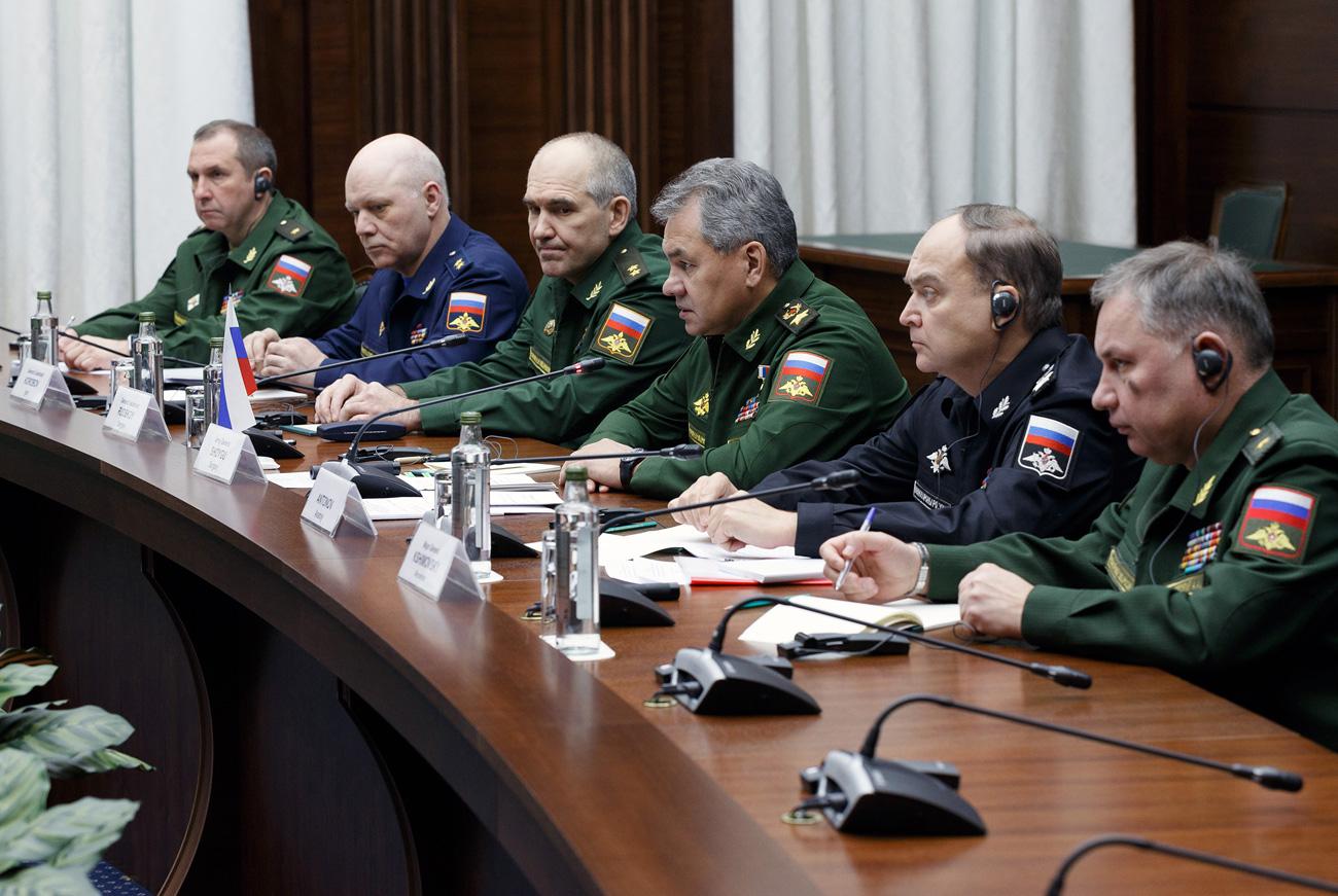 Menhan Shoigu: AU Rusia Berhasil Menyelesaikan Misi yang Ditetapkan Putin