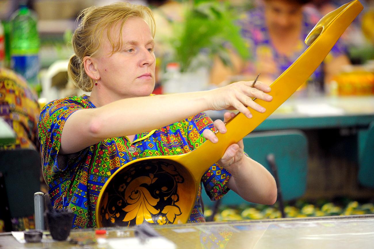 Vuvuzela Rusia: Alat Musik Apa yang Akan Digunakan Fans Piala Dunia 2018?