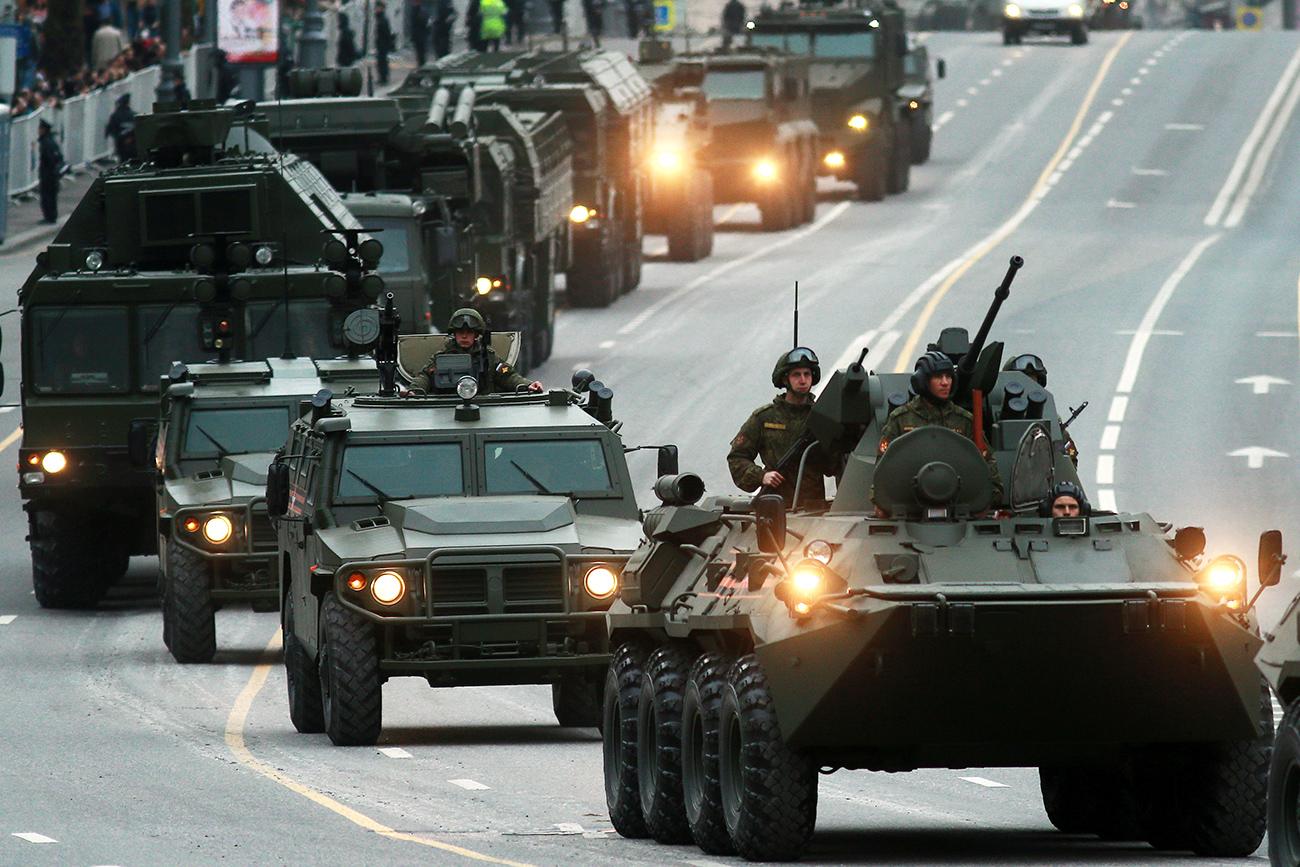 Senjata Apa Saja yang Rusia Akan Dapatkan Sebelum 2025?