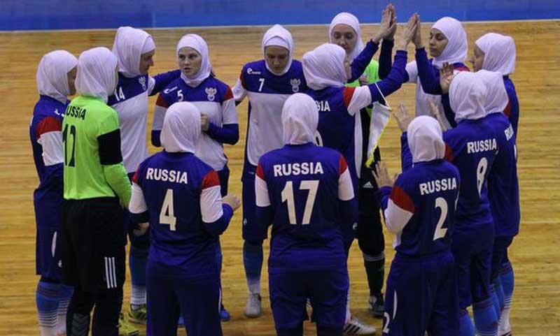 Hormati Muslim, Atlet Rusia Kenakan Kerudung pada Pertandingan di Iran