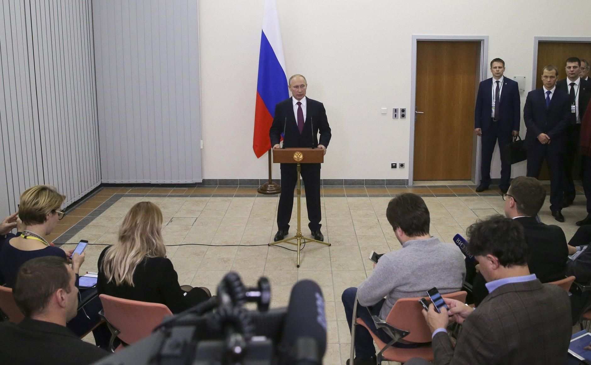 Barat Tuduh Rusia Kembangkan Teleportasi, Putin: Jangan 'Kecewakan' Mereka