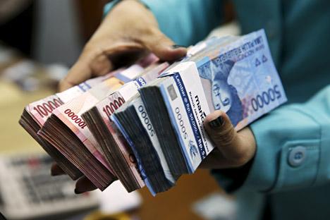 Siapkah Indonesia dan Rusia Gunakan Mata Uang Nasional dalam Perdagangan?