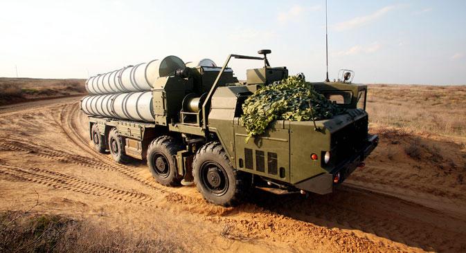 Moskow Kirim Sistem Rudal S-300 untuk Pertahanan Pangkalan Laut di Suriah