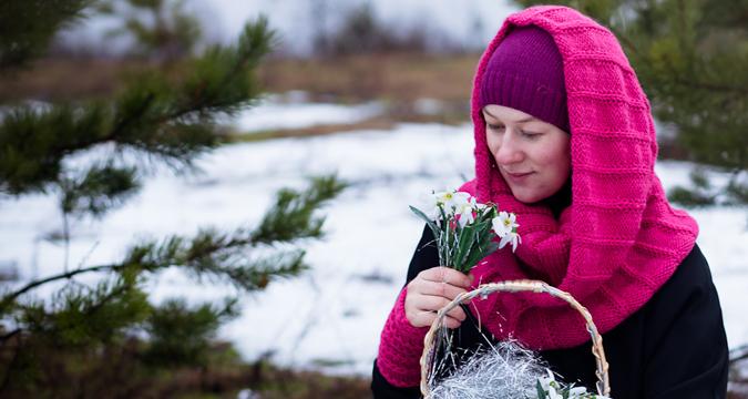 Kisah Sukses Bisnis Jilbab Musim Dingin, Terinspirasi dari Islam