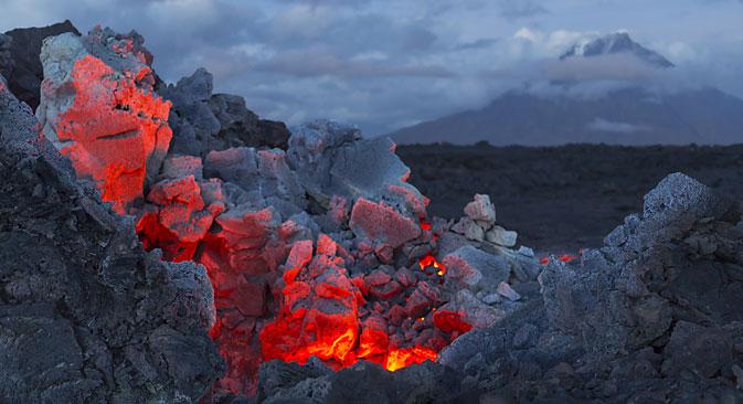 Cientistas encontram diamantes em lava de vulcão width=