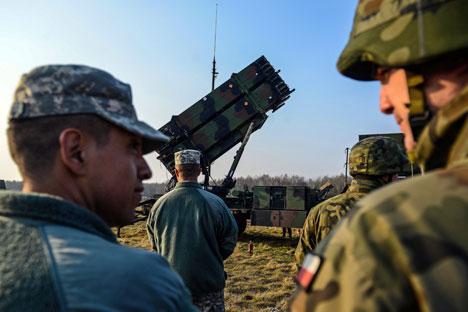 Antisipasi 'Agresi Rusia', NATO Kirim Empat Batalion ke Polandia dan Baltik