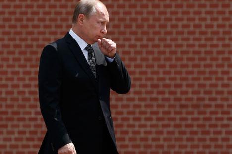 Presiden Putin Bahas Aksi Kemanusiaan Rusia di Suriah