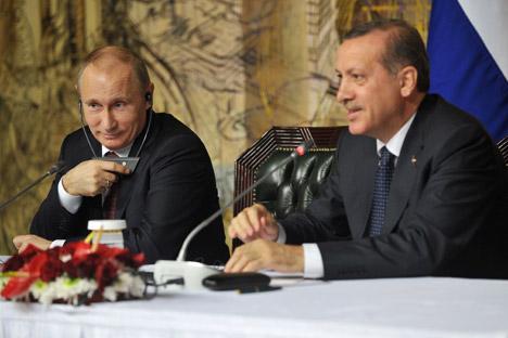 Tak Ada 'Perang' dengan Barat, melainkan 'Perdamaian Dingin' dengan Turki