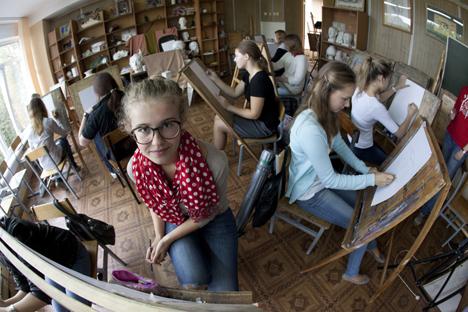 emilih Universitas di Rusia