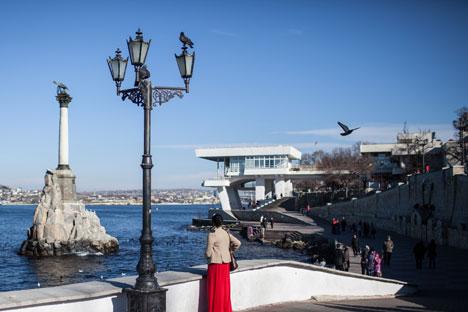 Lima Pertanyaan Penting Mengenai Krimea
