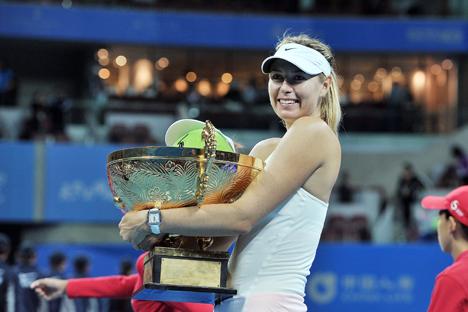 Maria Sharapova Merangkak Menuju Peringkat Teratas WTA