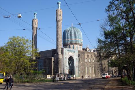 Masjid Biru Sankt Petersburg, Saksi Sejarah Manisnya Hubungan Indonesia-Soviet di Era 50-an
