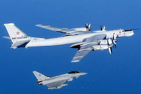 Sembilan Pertanyaan Penting Terkait Patroli Tempur Rusia di Dekat Perbatasan NATO