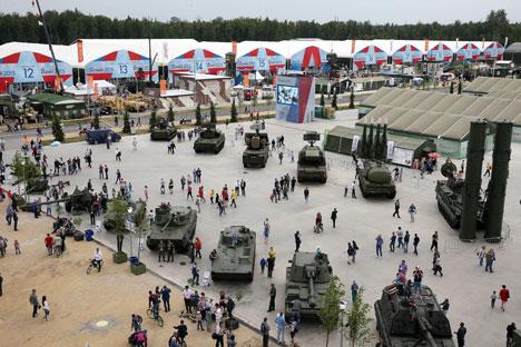 Forum Army 2015: Supermarket Senjata Sekaligus 'Disneyland' Militer