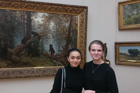 Sekolah di Rusia, Kesempatan Menikmati Langsung Karya Seni dan Sastra Rusia