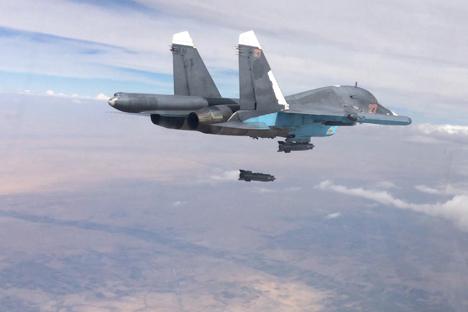 Akankah Rusia dan AS Jatuh dalam 'Perang Tanding' dalam Konflik Suriah?