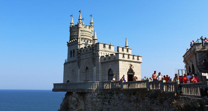 Tiga Hal Esensial yang Perlu Disiapkan Sebelum Berwisata ke Krimea
