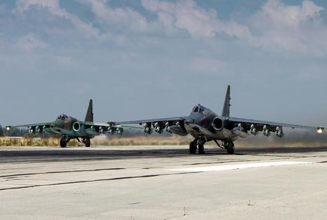Serangan Udara Rusia Berhasil Mengenai Kendaraan ISIS di Aqerbat, Suriah