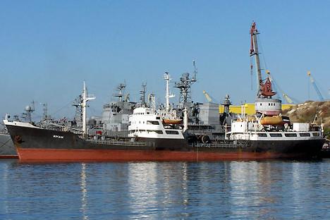 Rusia Akan Bangun Pangkalan AL Permanen di Pelabuhan Tartus Suriah