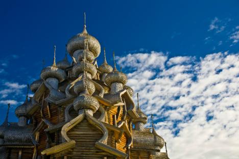 Tujuh Alasan Mengunjungi Gereja Kayu Rusia Sebelum Lenyap