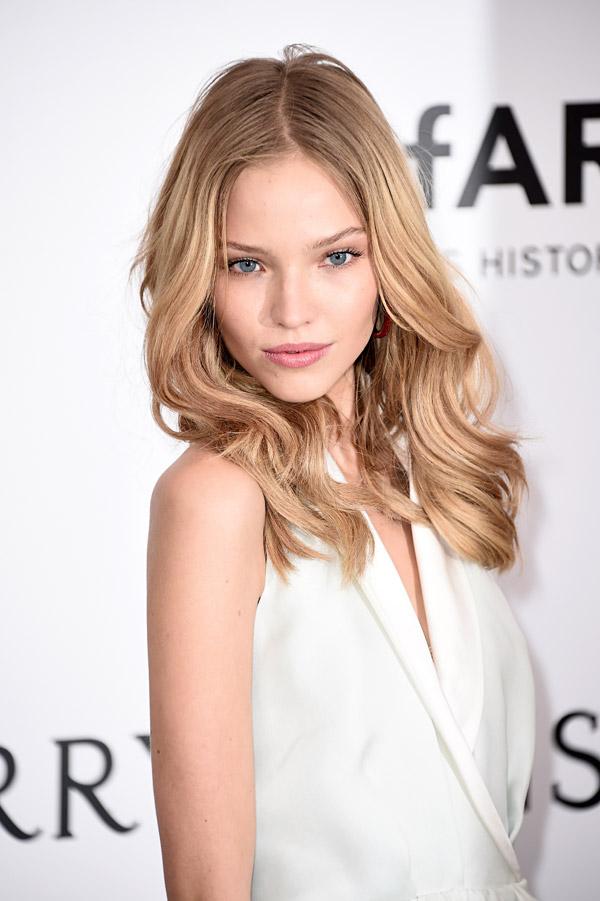 Modelo rusa Sasha Luss. Fuente: Getty Images