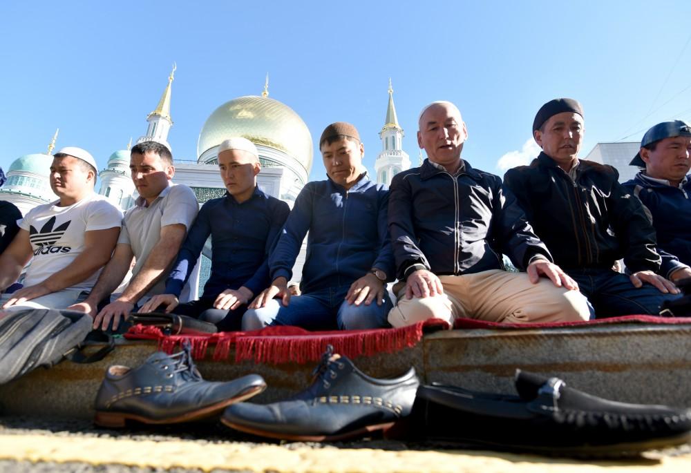 Sukacita Idul Fitri: Muslim Rusia Rayakan 'Hari Kemenangan' di Moskow