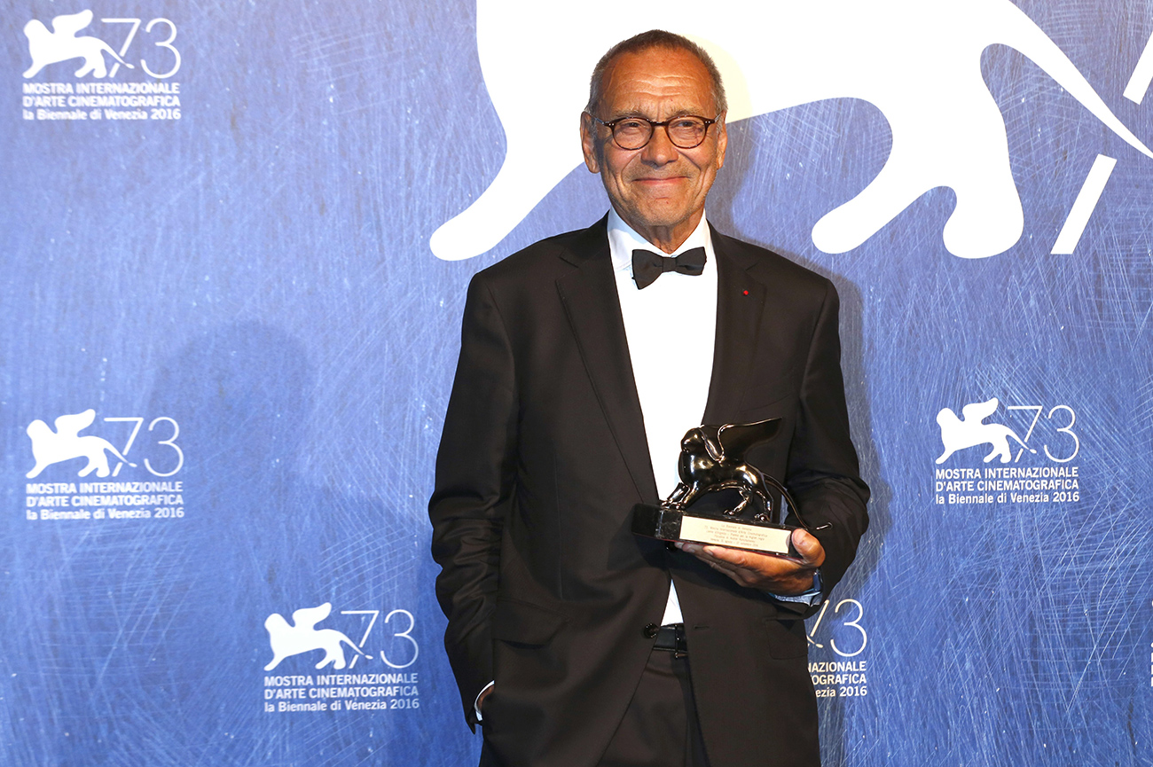 Director Andrei Konchalovsky win the Silver Lion for Best Direction for the movie 'Paradise' at the award ceremony at the 73rd Venice International Film Festival on September 10, 2016 in Venice, Italy. / Source: Geisler-Fotopress/Global Look Press