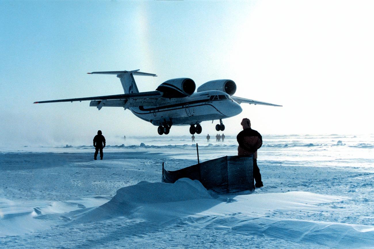 Pesawat An-74. Sumber: RIA Novosti