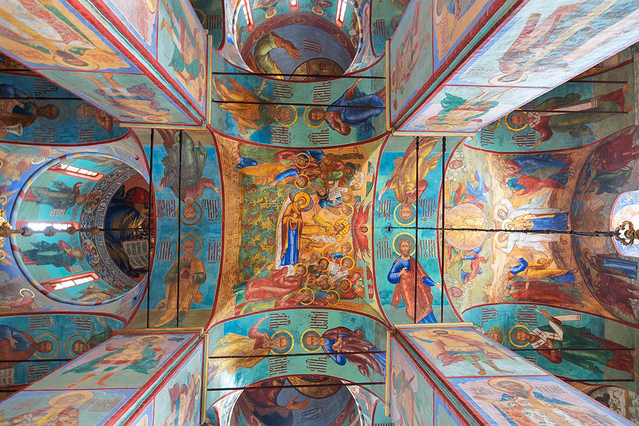 Фреске у Храму Успења Пресвете Богородице у Тројице-сергијевој лаври. Извор: Legion Media