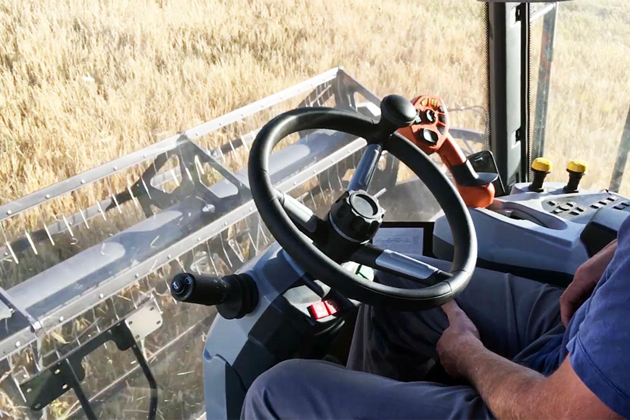 Prvi ruski robotizirani traktor: Vir: Press photo
