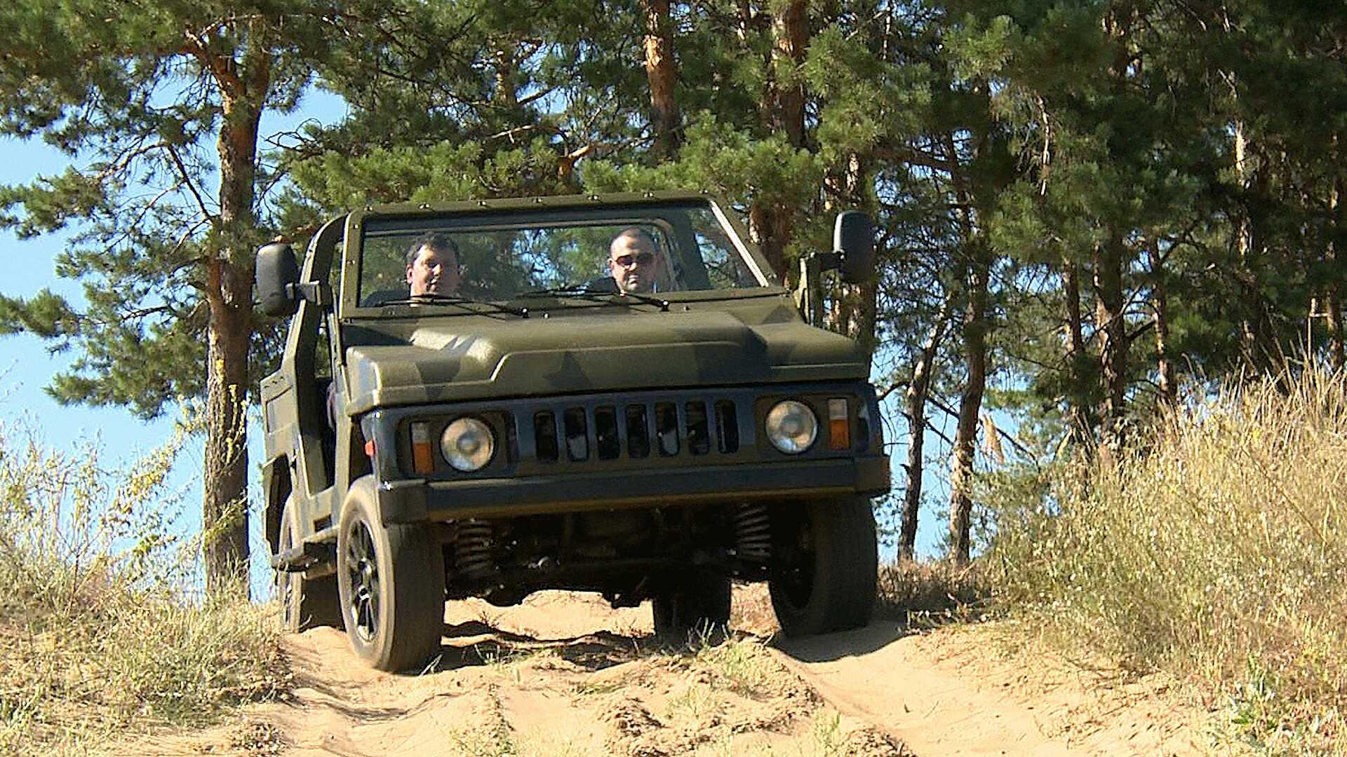 Аутомобил је дизајниран на основу легендарног теренског возила Нива. Извор: Државни универзитет у Тољатију