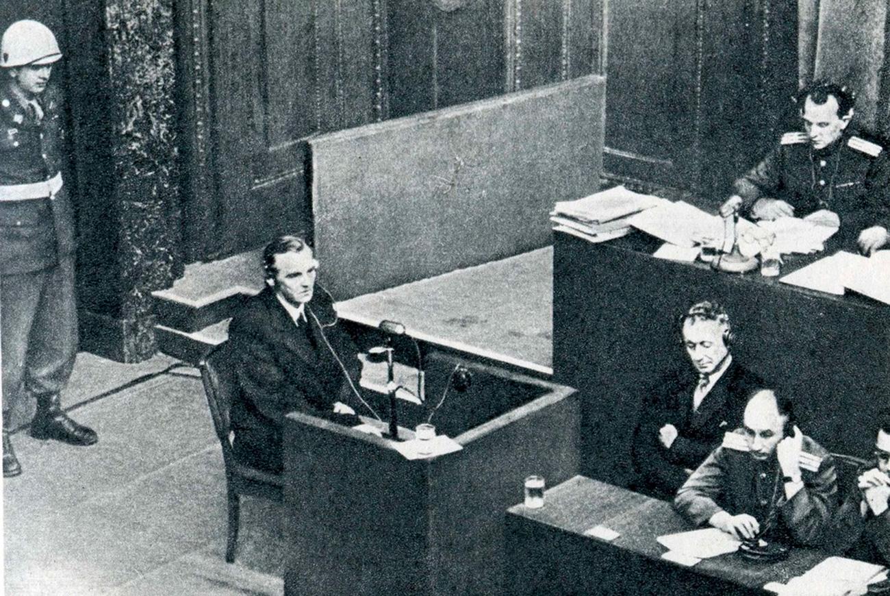 Friedrich Paulus v Nürnbergu, 11. februar 1946. / Wikipedia