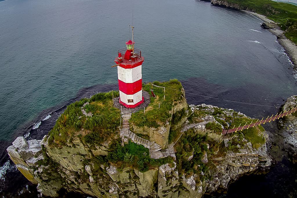 バサルギン半島に行って灯台を見学するには、軍の許可証が必要。2014年8月。