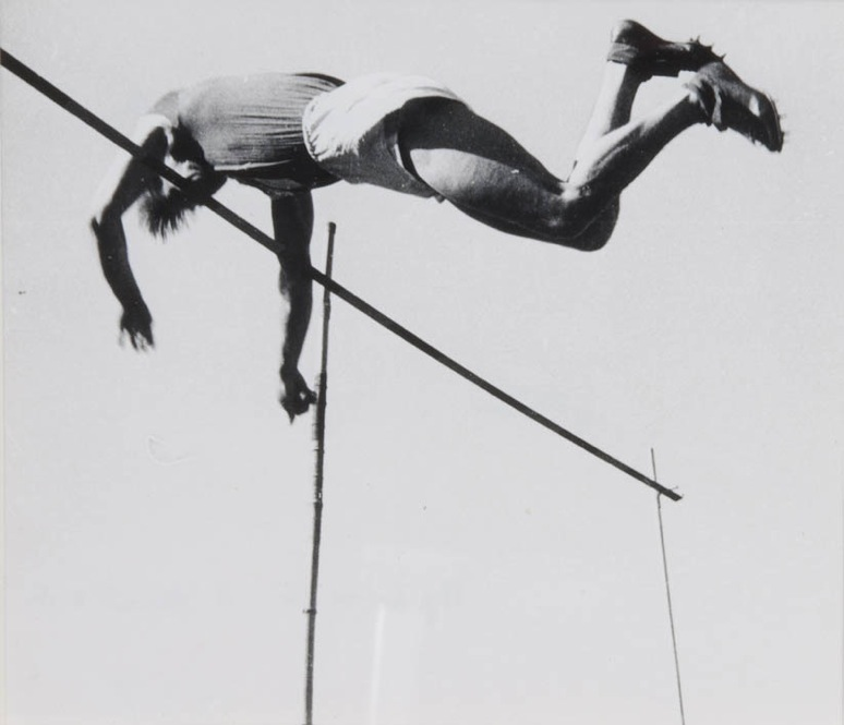 Skakalec v višino, 1937