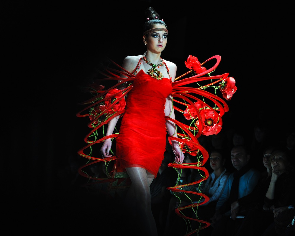 A model presents a creation by Russian designer group Labratoriya 13 during their show at the Mercedez-Benz Fashion week in Moscow October 21, 2011.