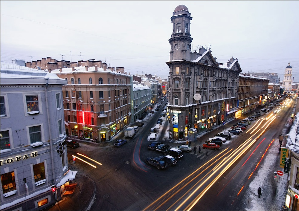"""""""Five corners"""", an intersection between Zagorodny Prospekt and Rubinstein and Lomonosov Streets, dating back to the 1760s"""