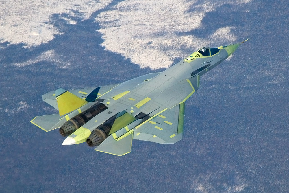 """Првиот """"Сухој"""" Т-50 ПАК ФА беше претставен во јавноста на авиошоуто МАКС-2011."""